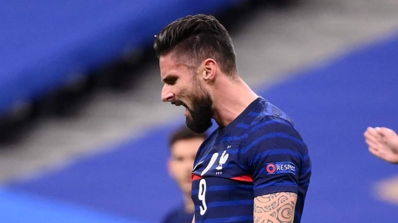 Olivier Giroud celebrates his goal for France after scoring against Sweden in the UEFA Nations League A, Group 3