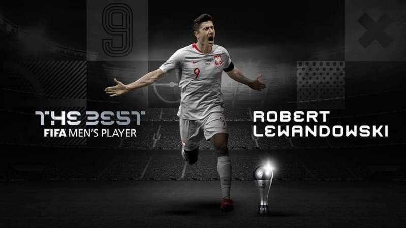 Robert Lewandowski being announced as the Best Mens player of The Year.