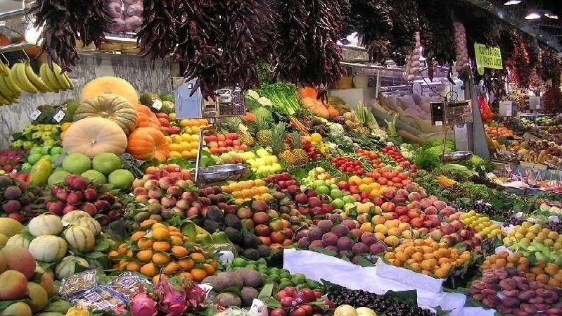 Suspected  counterfeit vegetables and fruits